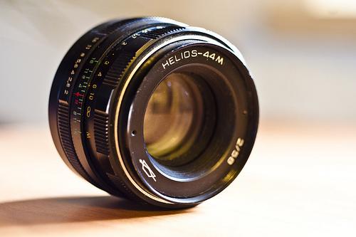 Zenit-Helios-58mm-lens-1-